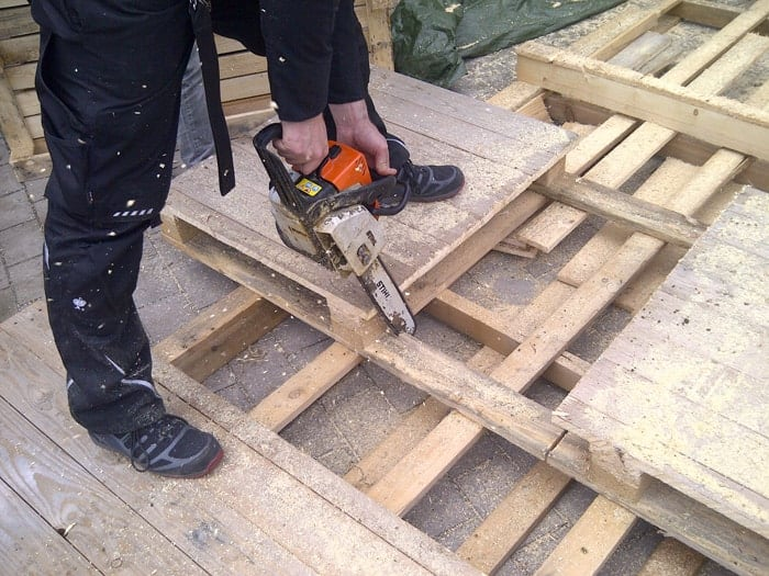 Bauanleitung Palettenlounge, Paletten zuschneiden