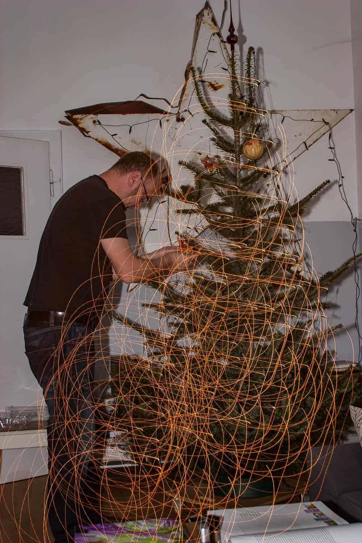 Weihnachtsbaum kaufen und schmücken