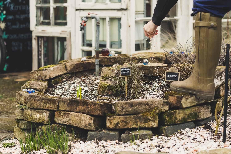 richtig mulchen im Garten