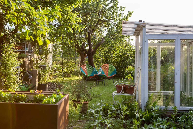 unser Garten, vorher-nachher, das Tomatenhaus