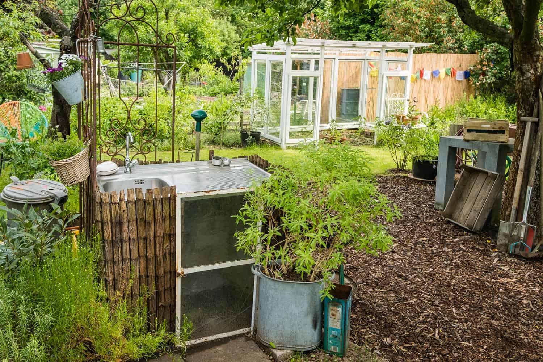Unser Garten, vorher - nachher, die Gartenspüle