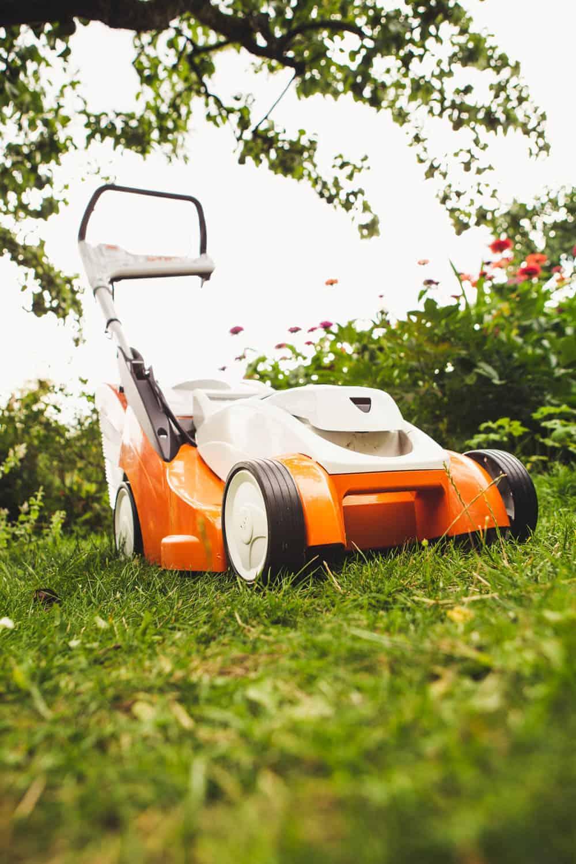 Stihl Rasenmäher für schmale Wege